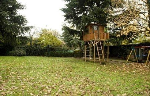 Ristorante con parco spazio bambini