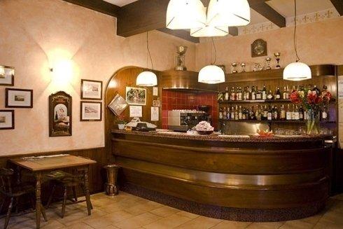 Ristorante con servizio bar