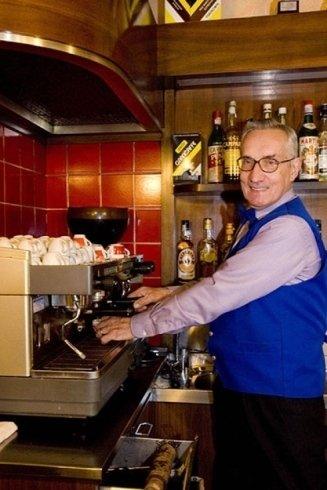 Ristorante osteria con servizio caffetteria