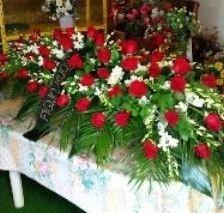 Composizione floreale copricassa