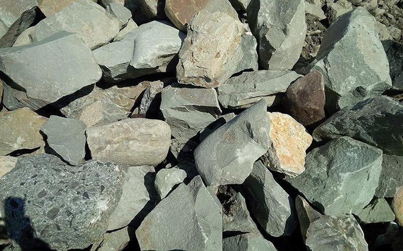 Estrazione pietra arenaria