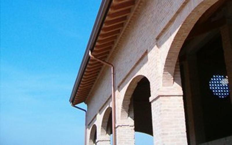 Antique-effect oak roof