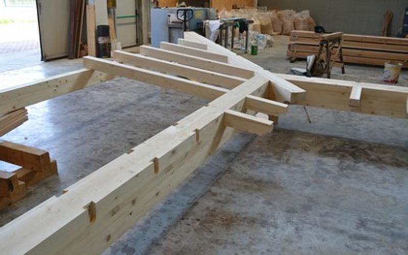 Trusses in laminated spruce