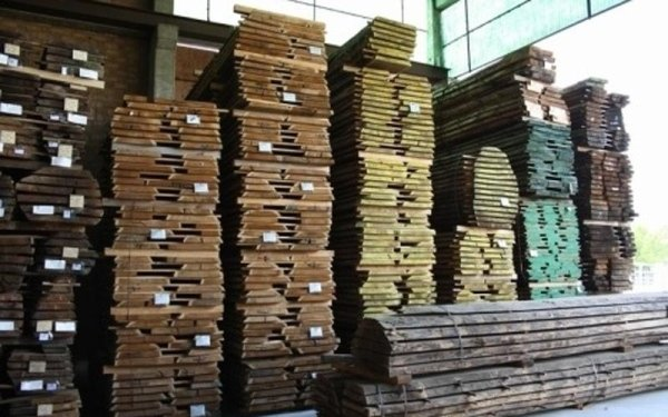 sale of wooden roof elements