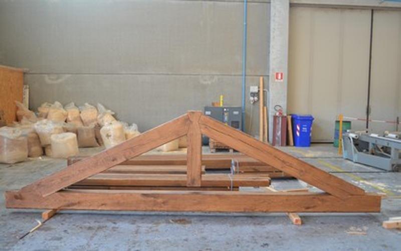 Tetti in legno massiccio