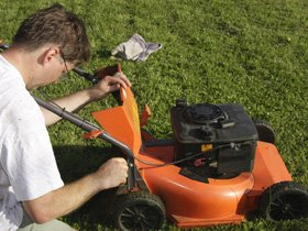 Lawnmower service - Southend, Merseyside - Formby Lawnmowers - Lawnmower