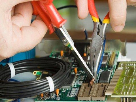 impianti elettrici e manutenzione