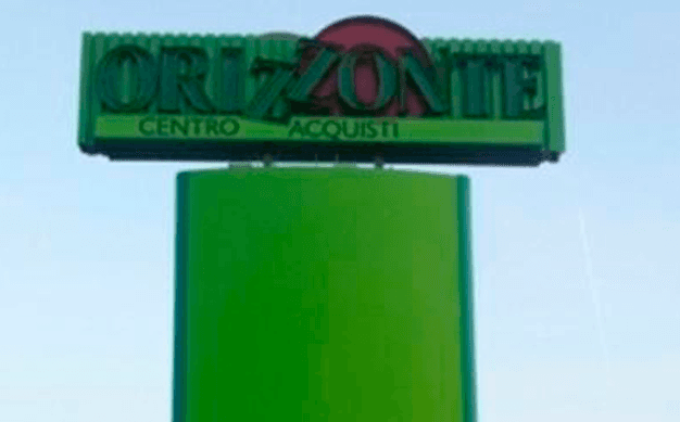 Totem Orizzonte Plexart Latina