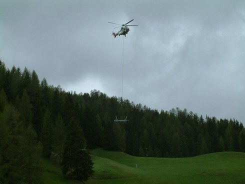 elicottero trasporto parti impianti