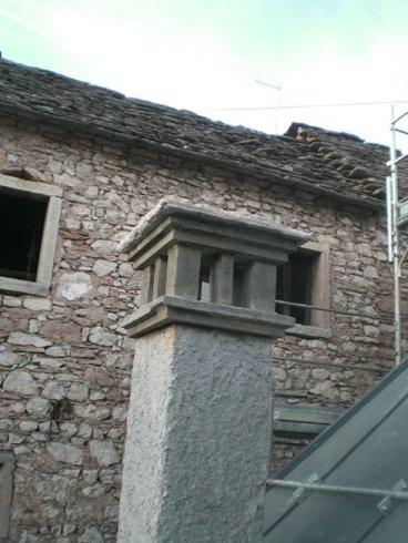 costruzione casolare tetto