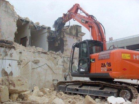 demolizione fabbricati