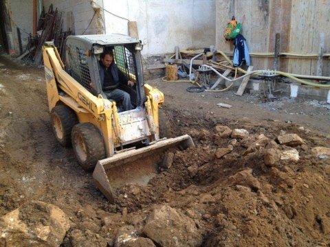 escavatori edili Bari