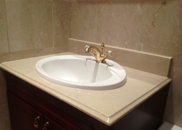 white coloured sink