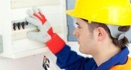 elettricista con attestato SOA
