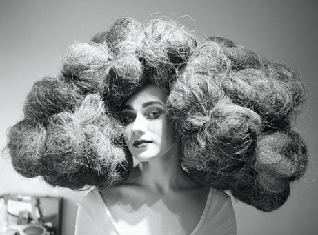 Voluminous hairstyle