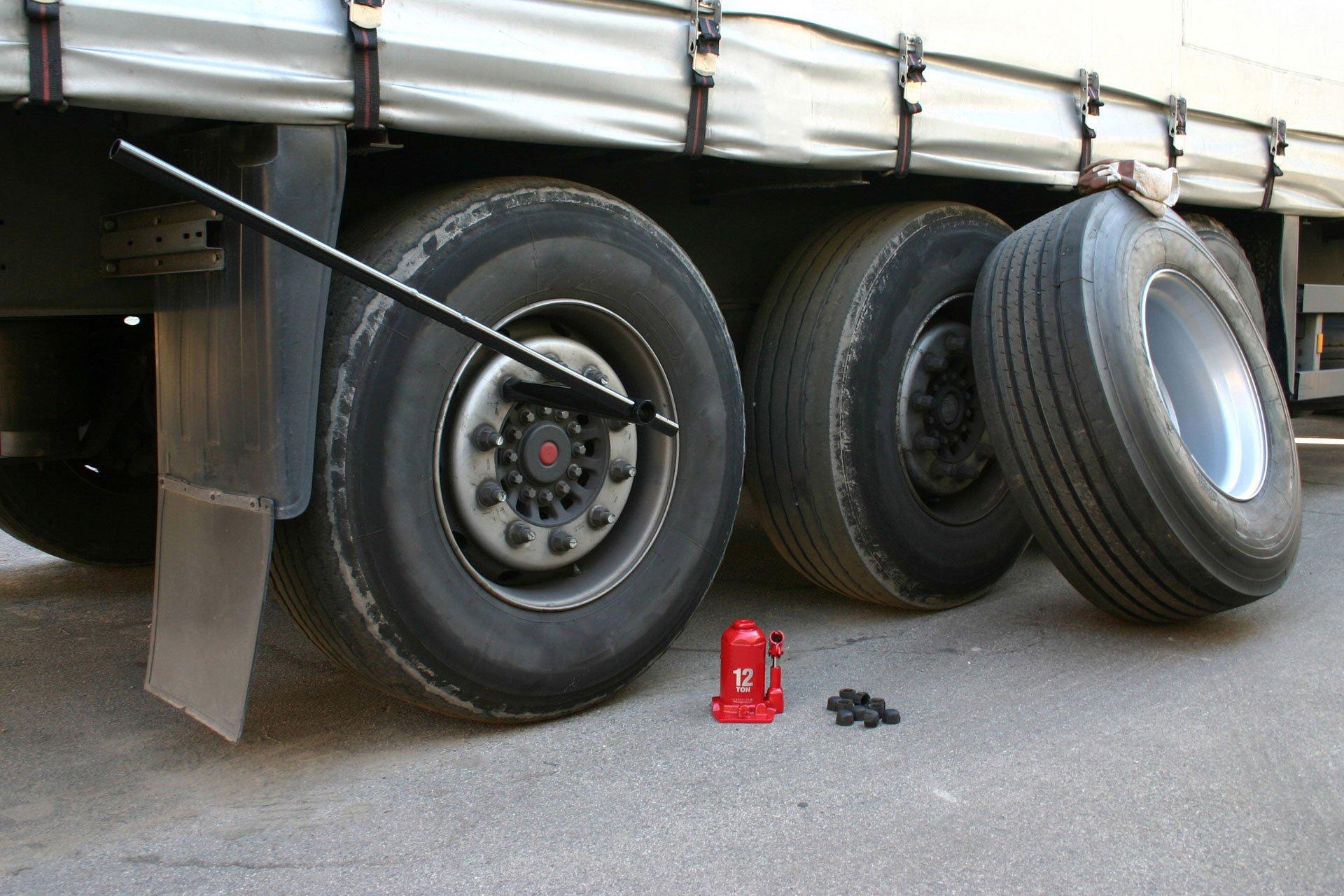 Semi Tractor Accessories : Chrome semi truck accessories laredo tx tractor trailer