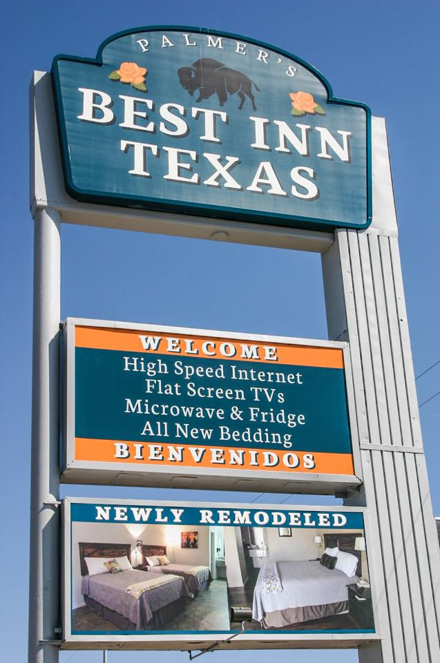 Sign for Best Inn Texas
