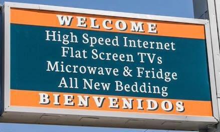 Best Inn Texas hotel sign