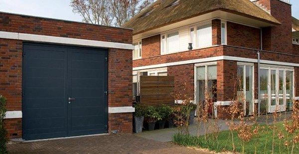 Porte a battente per garage