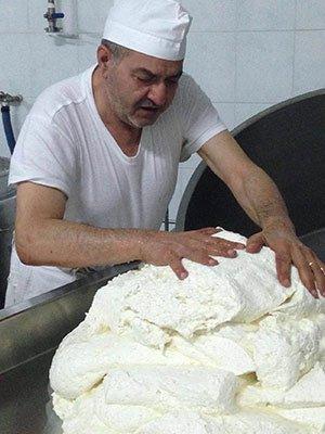 produzione artigianale mozzarella