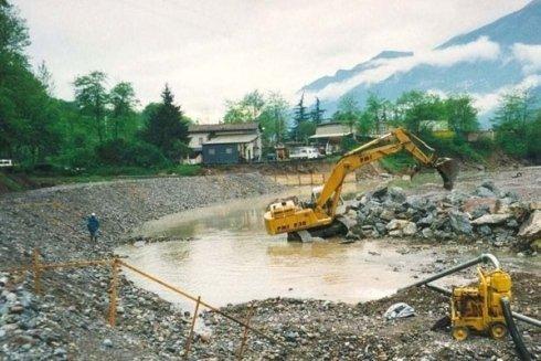Lavoriamo anche nel settore idraulico.