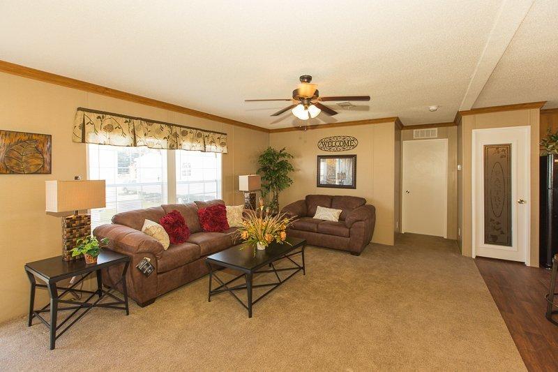 living room in a manufactured home - Gulf Breeze, FL