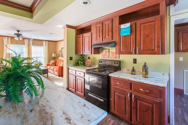 kitchen in a manufactured home - Gulf Breeze, FL