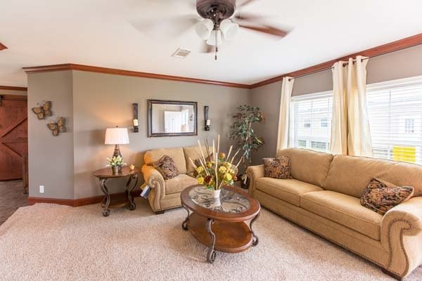 living room in mobile home - Gulf Breeze, FL