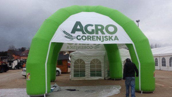 Napihljiv reklamni šotor Agro Gorenjska