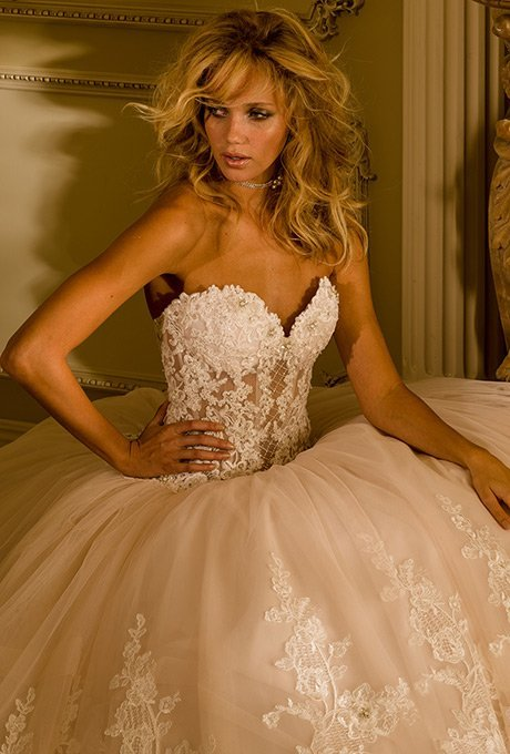 Eve of Milady Bridal Gown 4345