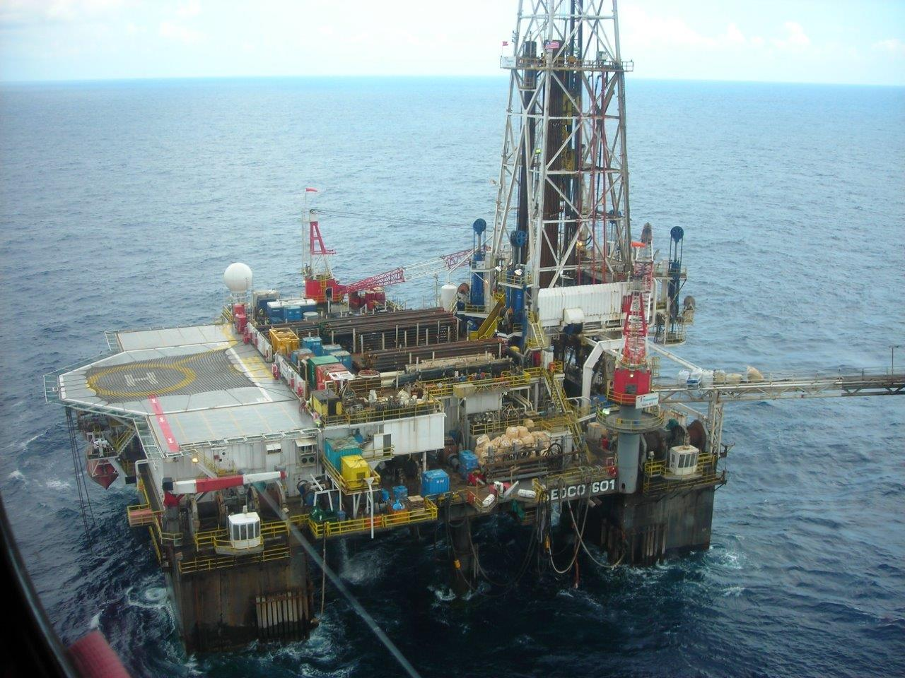 industrial licencing solutions offshore oil rig