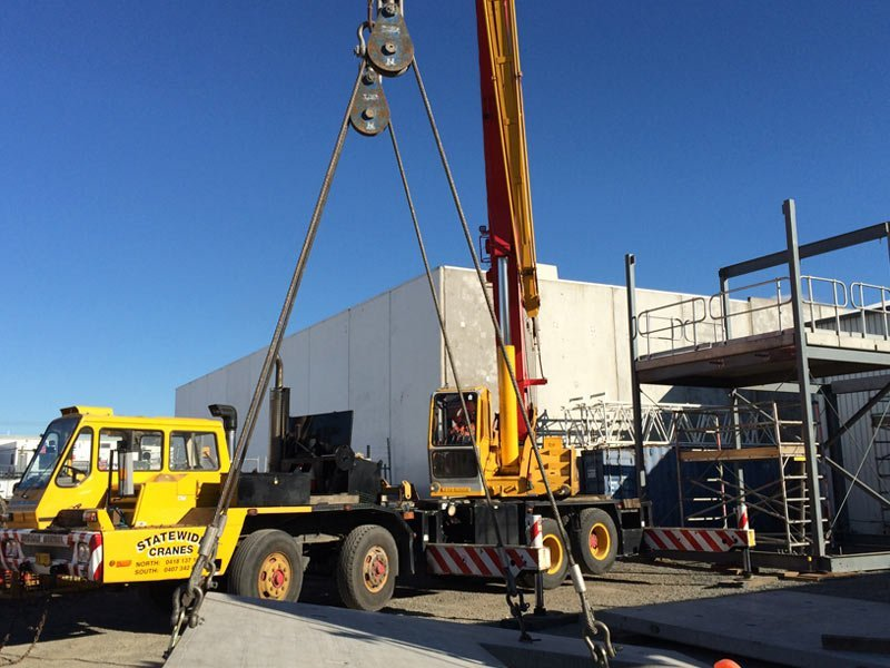 industrial licencing solutions rigging hydralic crane