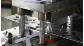 satinatura metalli, stampaggio metalli, macchine a controllo numerico