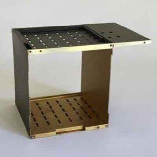 stampaggio metalli, pezzi in metallo forati, metalli lavorati