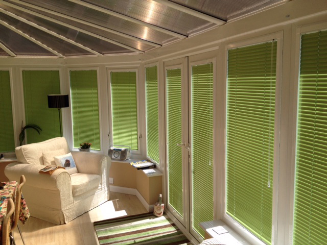 glass wall blinds