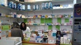 integratori vitaminici, materiale di medicazione, parafarmaceutica