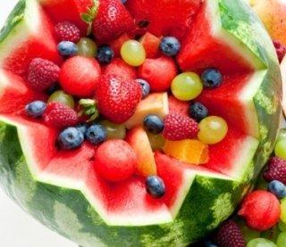frutta fresca, fragole, anguria
