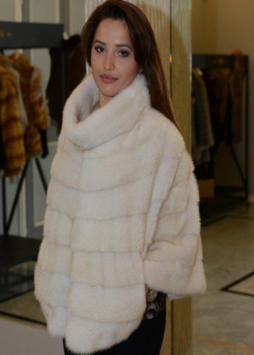 Stoletta in pelliccia bianca
