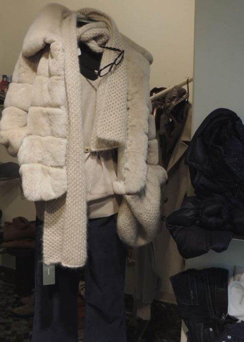 Cappotto in pelliccia bianca