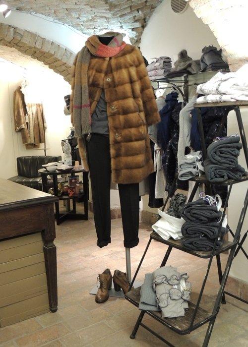 Abbinamento pelliccia ed abiti