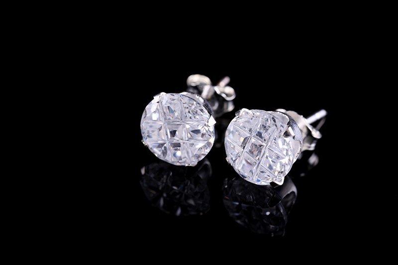 stud diamond ear ring