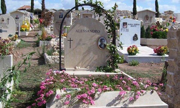 tombe per sepoltura