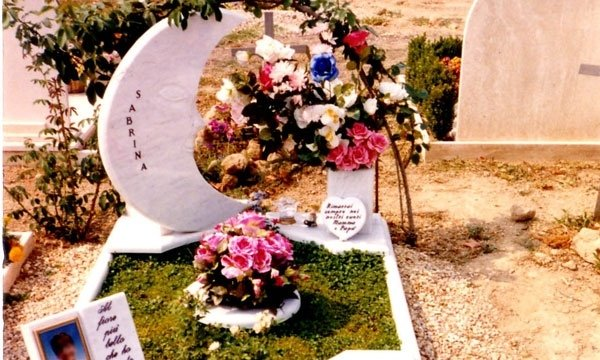 arredi cimiteriali