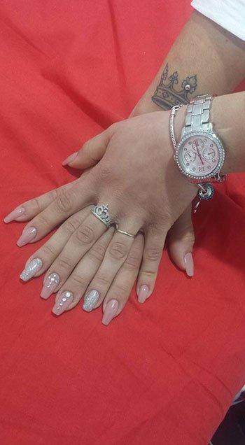 Manicure in due colori