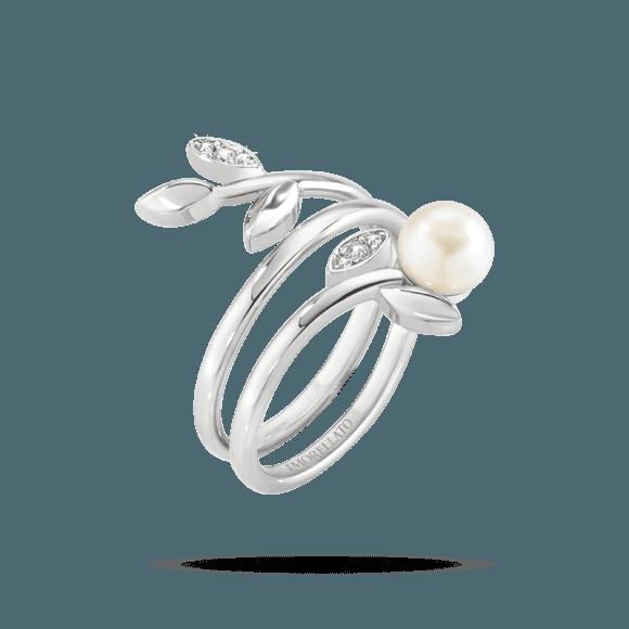 anello con brillantino e perla