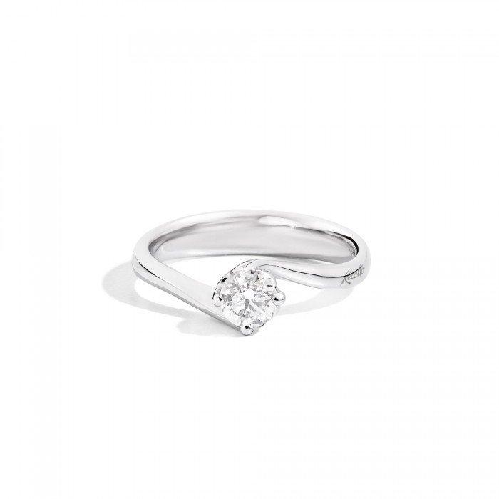 anello con brillantino della marca RE CARLO