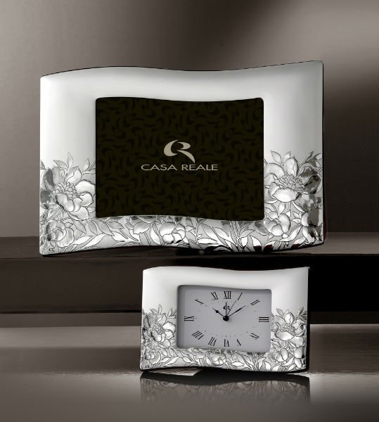 cornice in argento casa reale