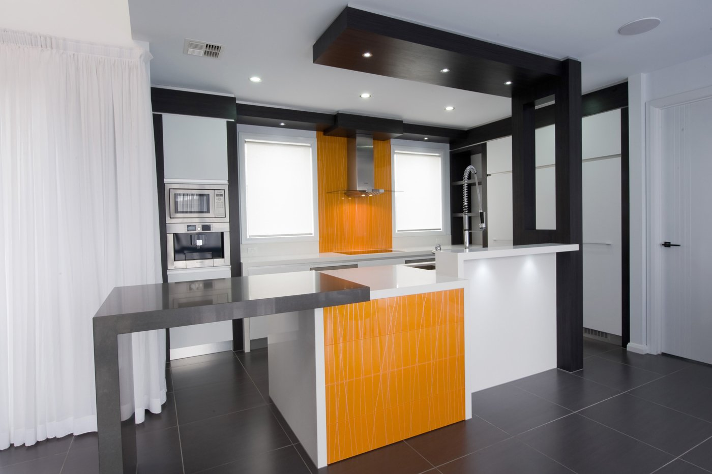 Simplicity kitchens canberra act kitchen designer for Kitchen designs canberra