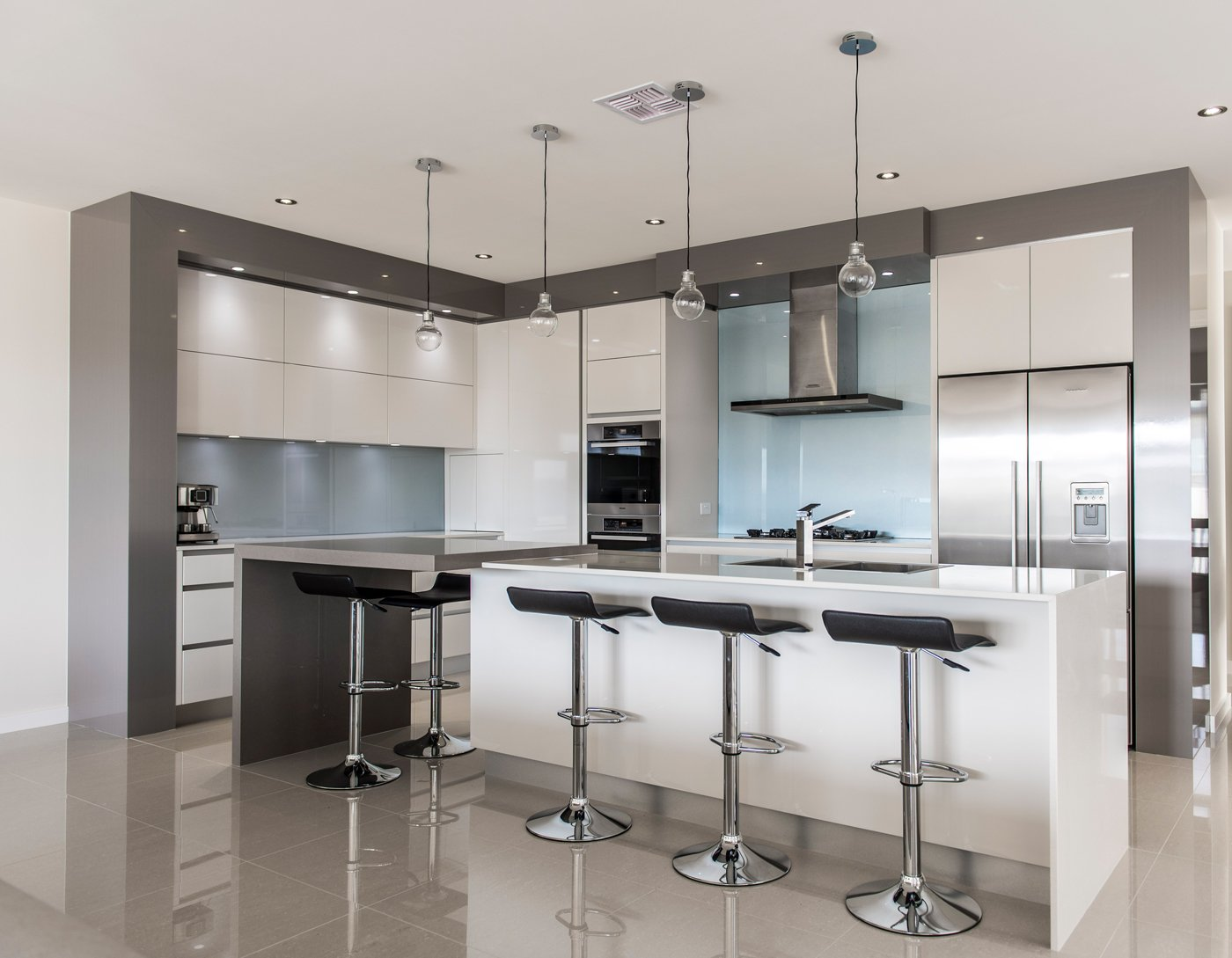 Simplicity kitchens canberra act kitchen designer for Kitchen kitchen kitchen