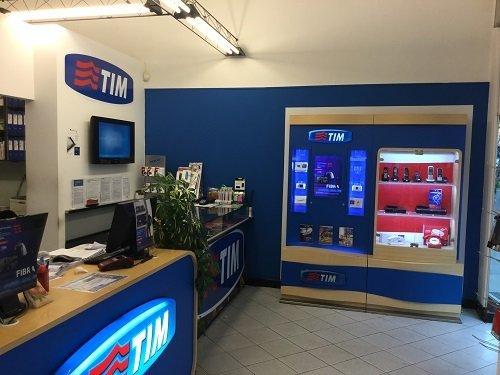 interno di un negozio TIM